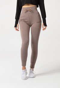 carpatree - BELLE SWEATPANTS - Verryttelyhousut - brown - 0