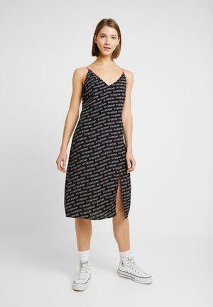 PRINTED STRAP DRESS - Vestido ligero - black