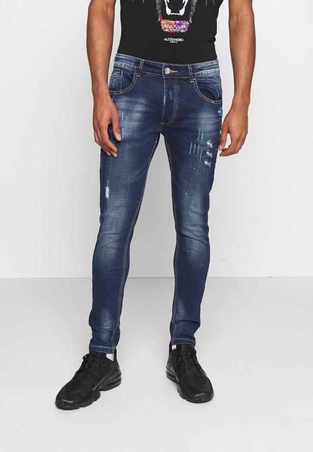 LUCIANO SUPER SLIM FIT - Skinny džíny - mid blue wash