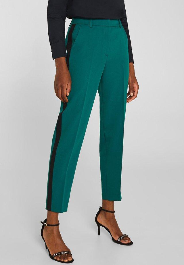 Trousers - bottle green