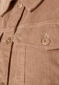 Pieces Maternity - PCMPOLLY SHACKET - Button-down blouse - warm taupe - 5
