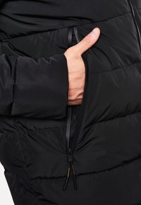 National Geographic - RE-DEVELOP - Winter jacket - black - 4