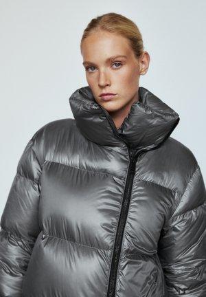 GESTEPPTE  - Down jacket - dark grey
