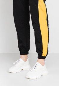 Steve Madden - MATCH - Sneaker low - white - 0