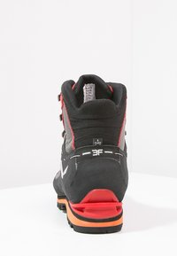 Salewa - MS CROW GTX - Mountain shoes - black/papavero - 3