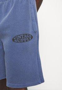 Vintage Supply - OVERDYE BRANDED - Shorts - navy - 4