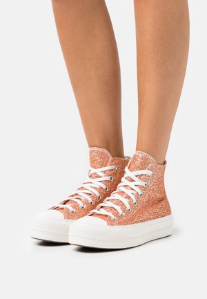 CHUCK TAYLOR ALL STAR LIFT - Sneakers hoog - healing clay/light gold/vintage white