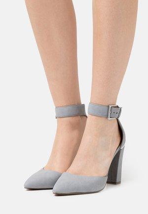 CAUTA - Classic heels - light blue