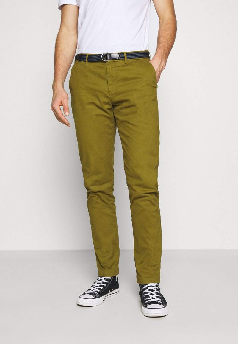 Scotch & Soda - STUART PEACHED WITH GIVE AWAY BELT - Chino - military green