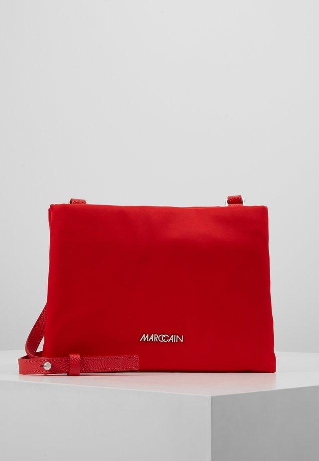 Across body bag - scarlet