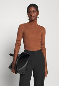 Anna Field - BASIC- RIBBED TURTLE NECK - Jumper - brown - 4