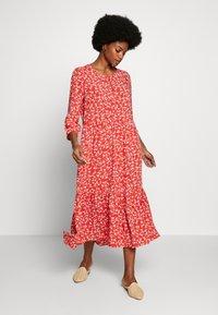 Cream - DAISYCR FLOUNCE DRESS - Day dress - aurora red - 1