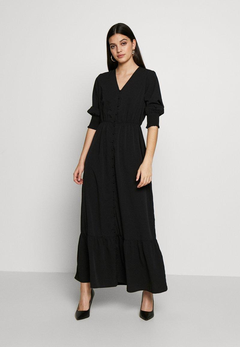 Vero Moda - VMMULLI 3/4 ANKLE DRESS WVN - Maxi-jurk - black