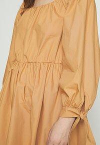 DAY Birger et Mikkelsen - CINNAMON - Day dress - india - 4