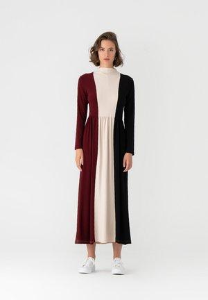 PANELLED - Jersey dress - black