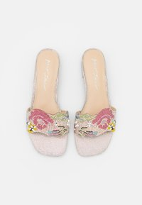 Blue by Betsey Johnson - LINS - Mules - nude - 5