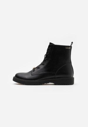 PAT  - Korte laarzen - black
