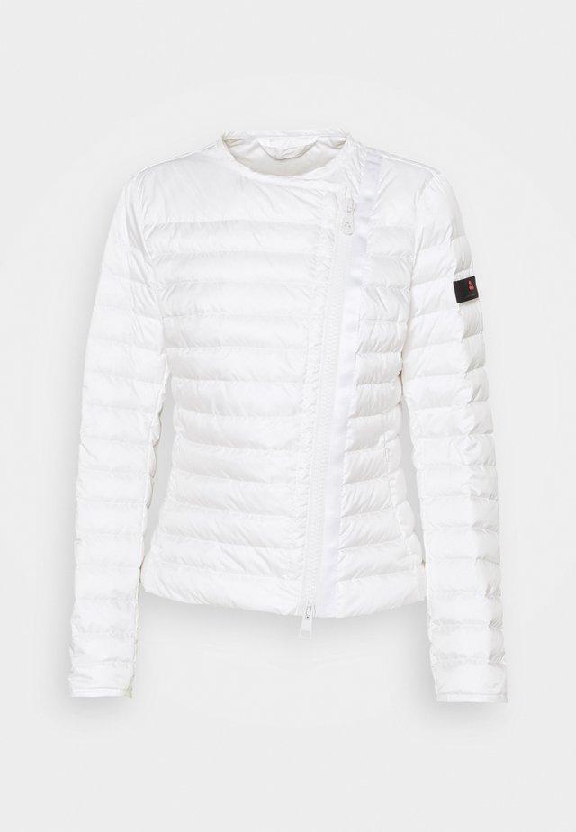 DALASI - Untuvatakki - white
