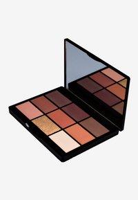 Gosh Copenhagen - 9 SHADES  - Eyeshadow palette - 006 to rock down under - 1