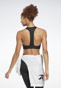 Reebok - WORKOUT READY HIGH NECK SPORTS BRA - Light support sports bra - black - 2