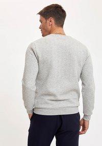 DeFacto - Sweatshirt - grey - 2