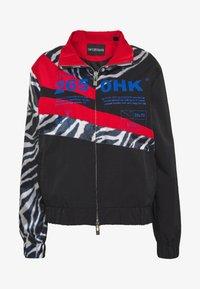 Han Kjøbenhavn - ANIMAL PRINT TRACK - Summer jacket - black - 4