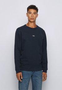 BOSS - WEEVO - Sweatshirt - dark blue - 0