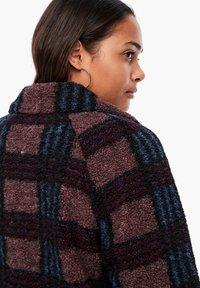 Q/S designed by - Short coat - dark ruby check - 5