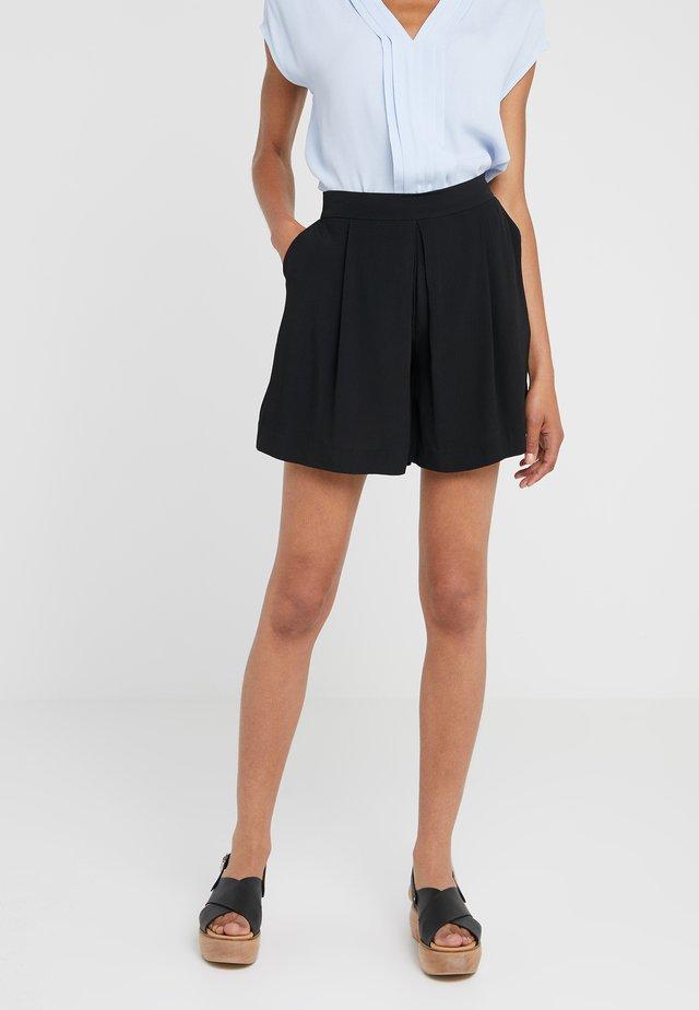 LILLI DAPHNE - Shorts - black