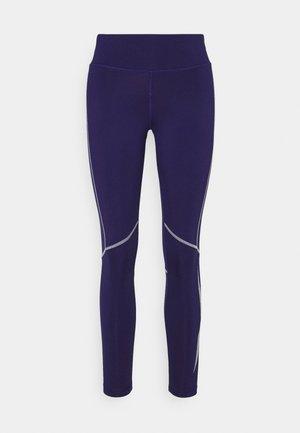LOGO - Leggings - purple
