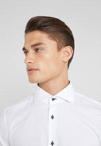 JOOP! - PANKOK SLIM FIT - Formal shirt - white - 4