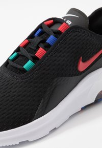 Nike Sportswear - AIR MAX MOTION 2 MC - Sneakers laag - black/university red/hyper blue/neptune green - 2