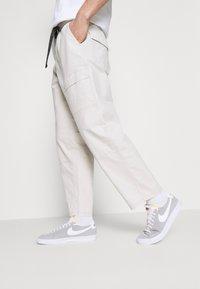 Levi's® - FIELD PANT - Trousers - pumice stone - 3