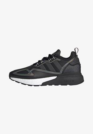 ZX 2K BOOST - Tenisky - core black/footwear white