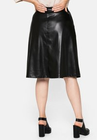 Sheego - A-line skirt - schwarz - 2