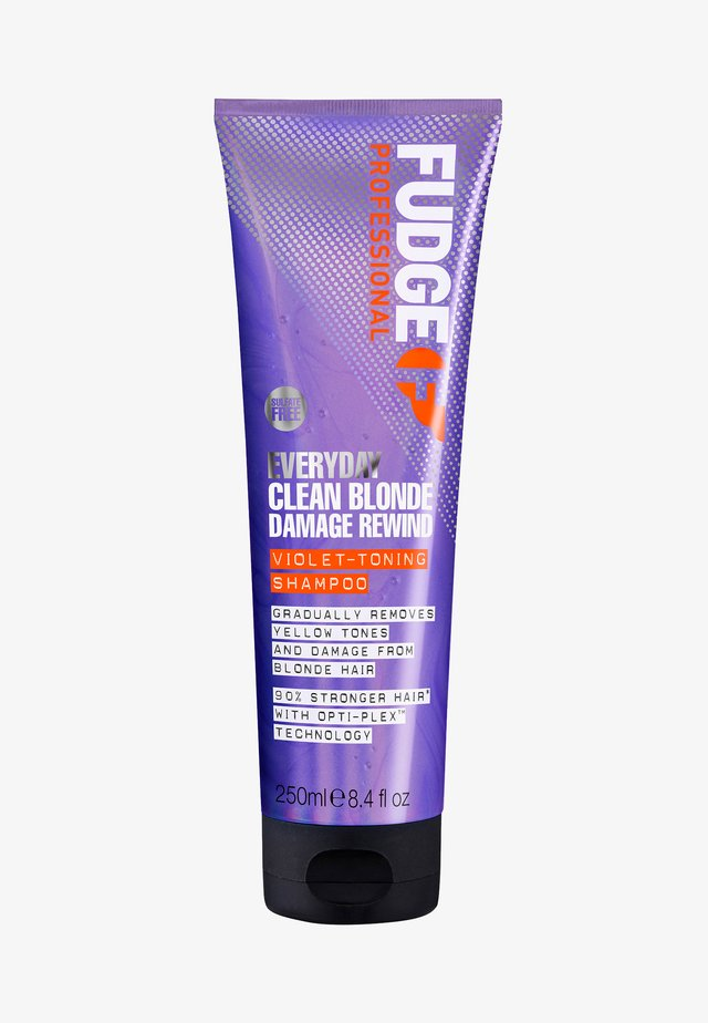 EVERYDAY CLEAN BLONDE DAMAGE REWIND SHAMPOO - Shampoo - -
