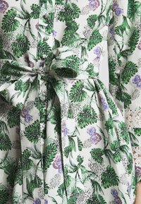 maje - ROMAN - Cocktail dress / Party dress - végétal écru vert - 5