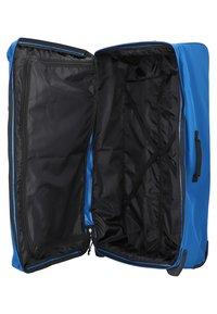 Eastpak - Wheeled suitcase - blue - 3