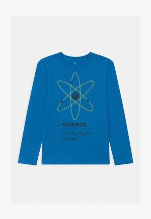 BOY - Langærmede T-shirts - breezy blue