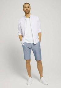 TOM TAILOR - Shorts - light blue minimal indigo - 1