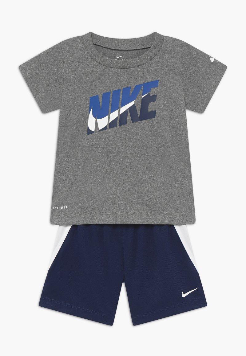 Nike Sportswear - BABY SET - Short - midnight navy