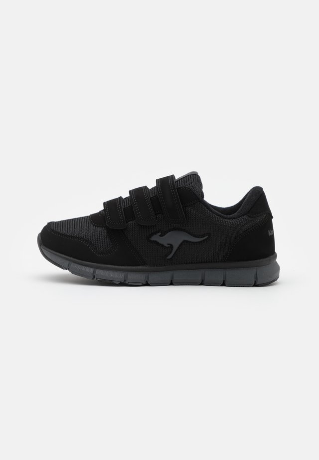 K-BLUERUN 701 - Sneakers laag - black/dark grey
