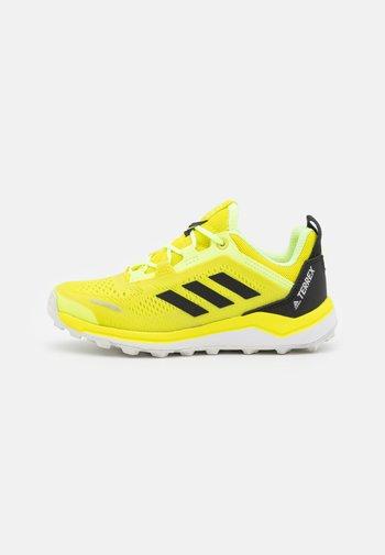 TERREX AGRAVIC FLOW UNISEX - Hiking shoes - acid yellow/core black/hi-res yellow