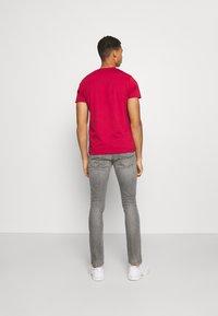 Diesel - D-LUSTER - Slim fit jeans - grey denim - 2