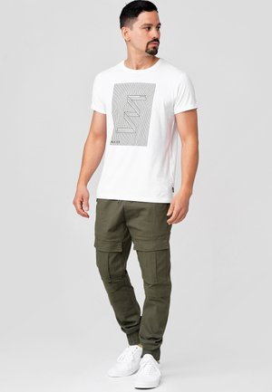 DENNIS - Cargo trousers - army
