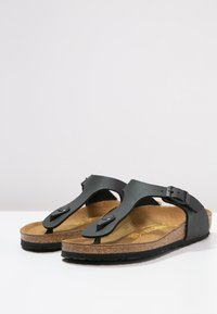 Birkenstock - GIZEH - Tongs - black - 2