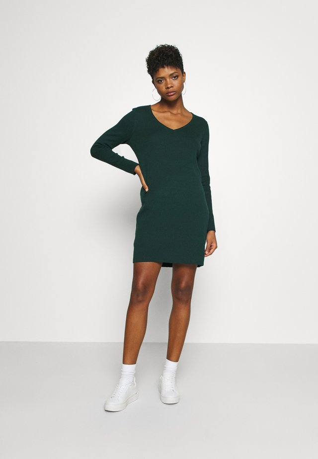 VMDIANE V NECK DRESS  - Shift dress - ponderosa pine