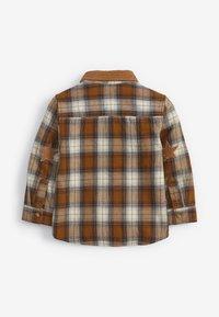 Next - CHECK BADGE  - Shirt - brown - 1