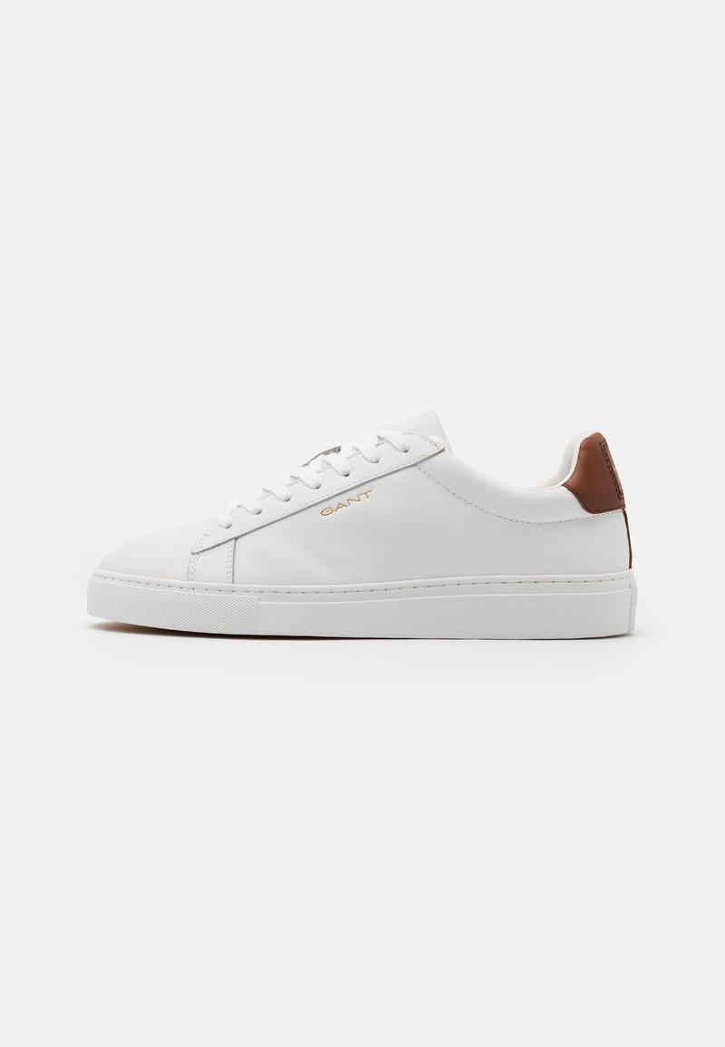 GANT - MC JULIEN  - Sneakersy niskie - bright white/cognac
