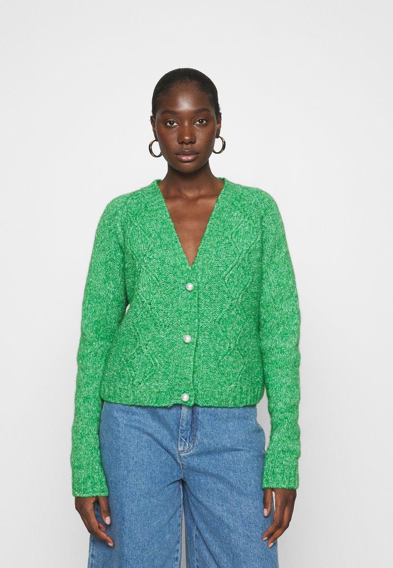 Custommade - VALDINE - Cardigan - jolly green